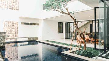 Modern Stand-alone house in Menteng, 700sqm with 5BR, Private Pool