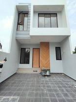 Rumah Baru siap huni dalam komplek nempel gerbang tol Joglo,halte busway Puri Beta, Senayan,Petukangan,larangan, Cipadu