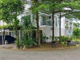 Rumah Cantik dan  Menarik di Modernland dalam cluster