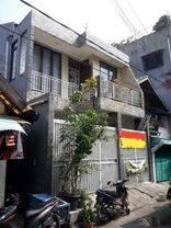 Rumah Gang Gatep Di Pangeran Jayajarta Jakarta Pusat. Luas 140 m2, 3 Kamar
