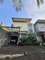 Rumah di Kemang, Jakarta Selatan ~ Security 24 jam ~ Dalam Cluster ~ Siap Huni