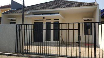 STRATEGIS DAN MURAH !! Rumah baru di Karasak Bebas Banjir berada di kota dekat perumahan elite Mekar wangi