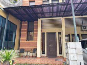 Rumah Bagus di Emerald Bintaro Sektor 9