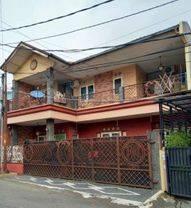 CHANDRA*rumah semi kost uk 12.5x19m lokasi bagus di komp tanjung duren