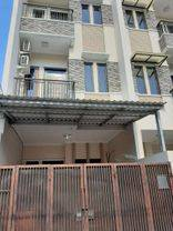 Rumah Bagus Siap huni 3.5 lantai di tomang(TM58)