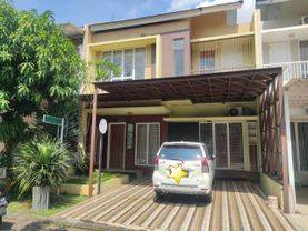 Rumah siap huni Fully Furnish bangunan 2 lantai di dalam cluster Serpong Jaya tangerang Selatan harga 1,8 Milyar Nego