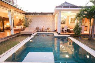 BEAUTIFUL VILLA IN JIMBARAN BALI WITH COVID PRICE VERY CHEAP I VILLA CANTIK DI JIMBARAN BALI HARGA CORONA MURAH