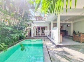 2 Bedrooms Villa in Seminyak 5 mins drive to double six beach VILLA RHEA