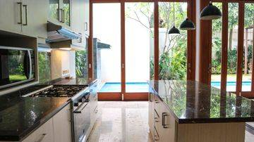 Comfy compound house in Cilandak, 580sqm 4BR with Private swimming pool, ready to move in!
