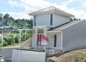 Rumah Bagus Siap Tinggal Citraland Manado Luas 200