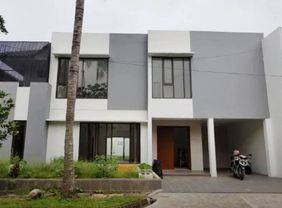 Rumah bagus baru minimalis di lingkungan asri riverpark bintaro jaya tangerang selatan
