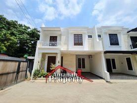 Rumah 2,5 Lantai Kualitas Premium Bisa Custom Denah Rumah Strategis di Gedong, Pasar Rebo, Jaktim