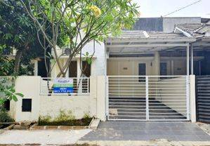 Rumah Di Dalam Cluster Dekat Sekolah BINUS BSD di Serpong Park