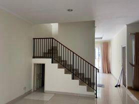 Rumah bagus siap huni di Pondok Indah