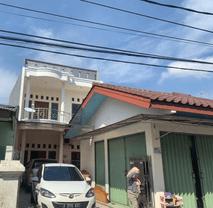 Rumah Cantik 2 Lantai & Ruko dekat Mall Cijantung Jakarta Timur