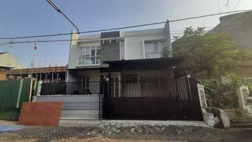Rumah bagus dan mewah lokasi strategis di duri kepa(DK103)