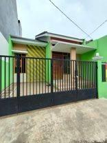 Rumah minimalis modern • LOKASI BINTARO PD.AREN • akses besar dua mobil • area dalam komplek • dengan keamanan 24jm • lokasi strategis asri aman dan nyaman