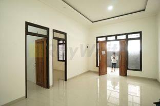 Rumah Baru  Kavling Polri Wijaya Kusuma Jelambar