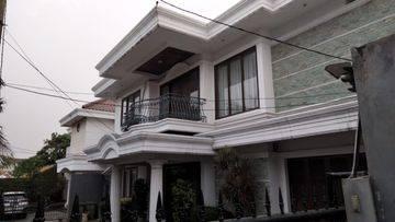 HOUSE KEMANG - JAKARTA SELANTAN - 4BR BIG LAND