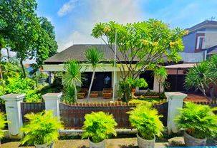 HARGA DIBAWAH PASAR Rumah Posisi Hook di Komplek Elite CURUG dekat Pondok Kelapa