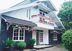 Rumah Taman Di sukajadi Dekat PVJ di Pusat Kota Bandung