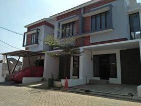 Rumah Baru Dalam Cluster di pd kacang barat, Akses 2 Mobil Free Biaya All in