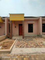 Rumah baru siap huni dalam komplek perdagangan di ciledug Tangerang Kota