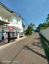 Rumah 2 Lantai sangat terawat di Pondok Benda Pamulang, Dekat Kantor Walkot tangsel