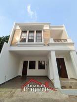 Rumah Elegan Cluster 2,5 Lantai Bebas Custom Denah Rumah di Gedong, Pasar Rebo