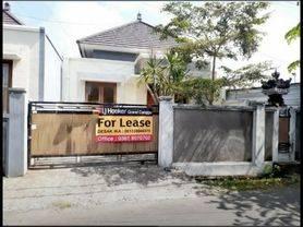 Rumah cantik di Dalung Permai