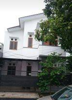 Rumah Hoek 2 lantai Graha Bintaro