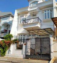 Rumah  Full Furnish Villa Permata Gading Kelapa Gading Luas 138m2 (J-0958)