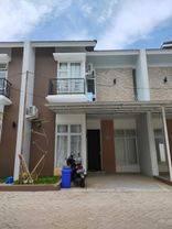 Rumah 2 lantai dekat dengan mall LiPo Karawaci dan mall gading Serpong