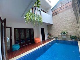 Rumah Murah bagus furnished kolam renang di Bintaro Jaya Sektor 9