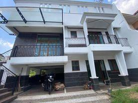 Rumah Mewah 3 Lantai Perumahan The Gading Residence Kelapa Gading Jakarta Utara
