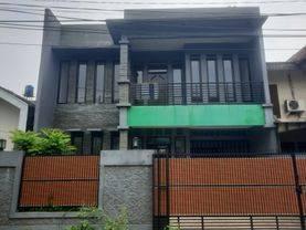 Rumah dijual kondisi nyaman serta berlokasi strategis di Ciputat Timur, Tangerang Selatan - Caesara