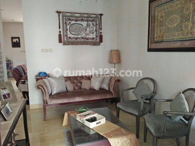beautifuL comfort and secure Town house at Cilandak, South Jakarta, suitable for your family