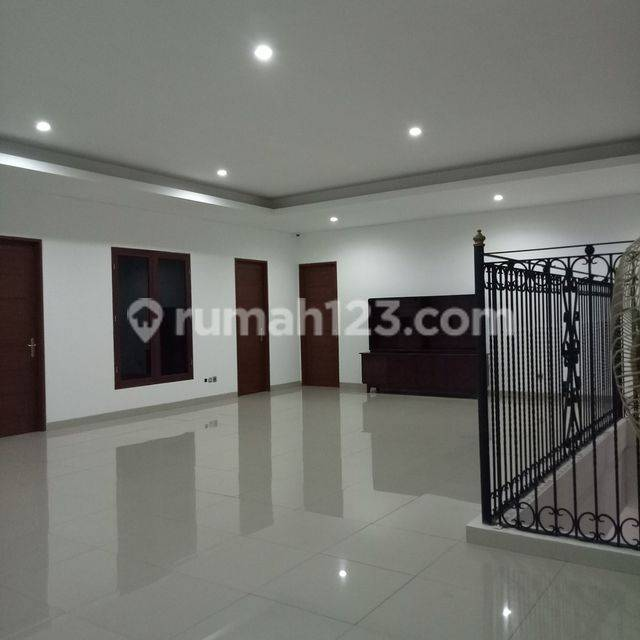 Luxury house in Cipete area ready