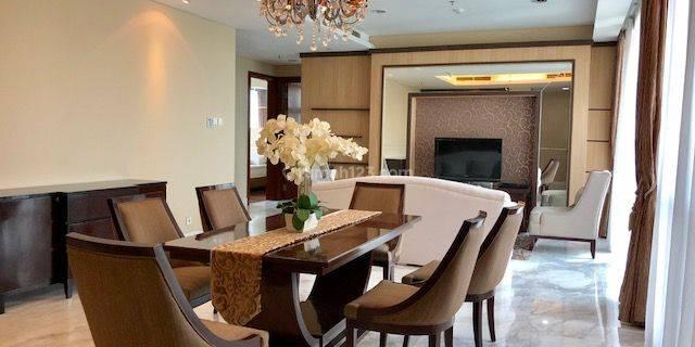 Senayan City Apartment 3 bedroom 207 sqm
