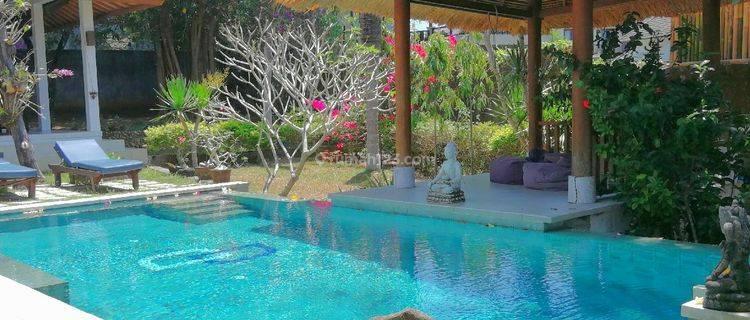 V614 - Spacious 3 beds villa in Ungasan, Bukit, Badung
