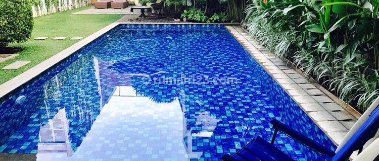 Dijual Rumah di Mampang  dlm cluster type luxurious,lokasi strategis dekat Kuningan dan Kemang , bebas banjir