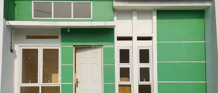 Rumah baru  dekat Pemda Cibinong Bogor,Jalan Lebar Siap Huni Strategis Cibinong