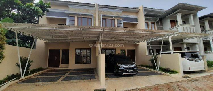 Rumah Minimalis Modern 2Lt di Cinangka, Sawangan, SHM, Free AC, Kanopi, Kitchen Set