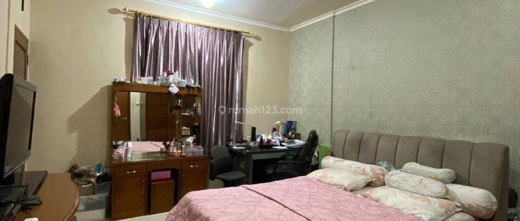 Rumah 2 lantai di Muara Karang Blok 10 lingkungan tenang dan nyaman