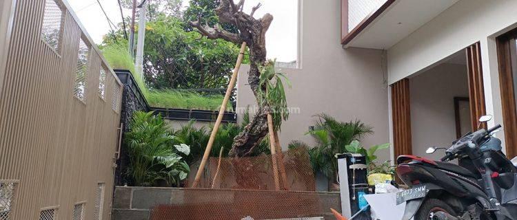 Rumah Siap Huni di Kebayoran Baru Jakarta Selatan