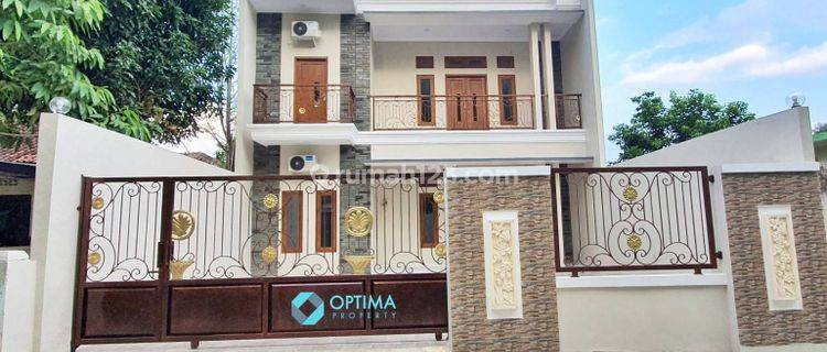 Rumah Jl Solo samping Sheraton Hotel Maguwoharjo Jogja dekat Atmajaya Babarsari, UPN, UIN