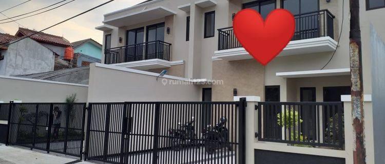 Rumah baru STRATEGIS MURAH satu2nya real di RawaWangun dkt RS Dharma Nugraha  & Arion real di RawaMangun Jakarta Timur - Etty