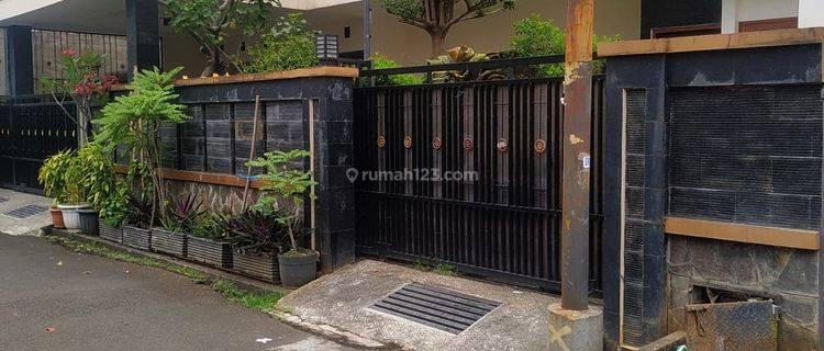 Rumah Asri 2 lantai Jalan Jatiwangi Jati Padang Lt. 344 Jakarta Selatan
