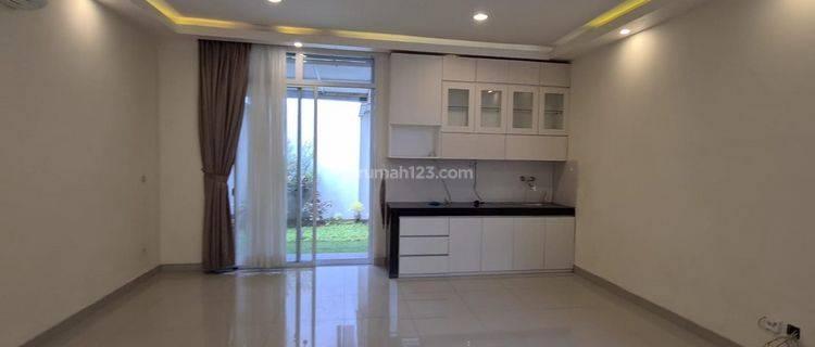 Rumah 8x18 Amerika Latin siap HUNI , rapi sudah renov semi furnished
