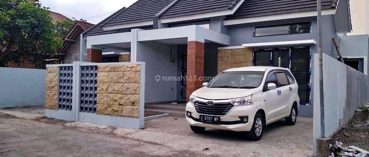Rumah BARU MINIMALIS ISTIMEWA - TATA RUANG FUNGSIONAL Mewah di Dekat Jogjabay Maguwoharjo